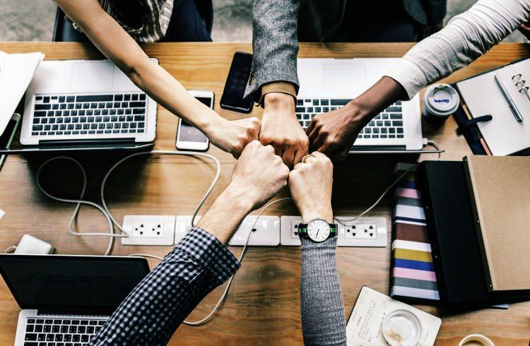 Een teamcoach brengt iedereen bij elkaar - Been Management Consulting