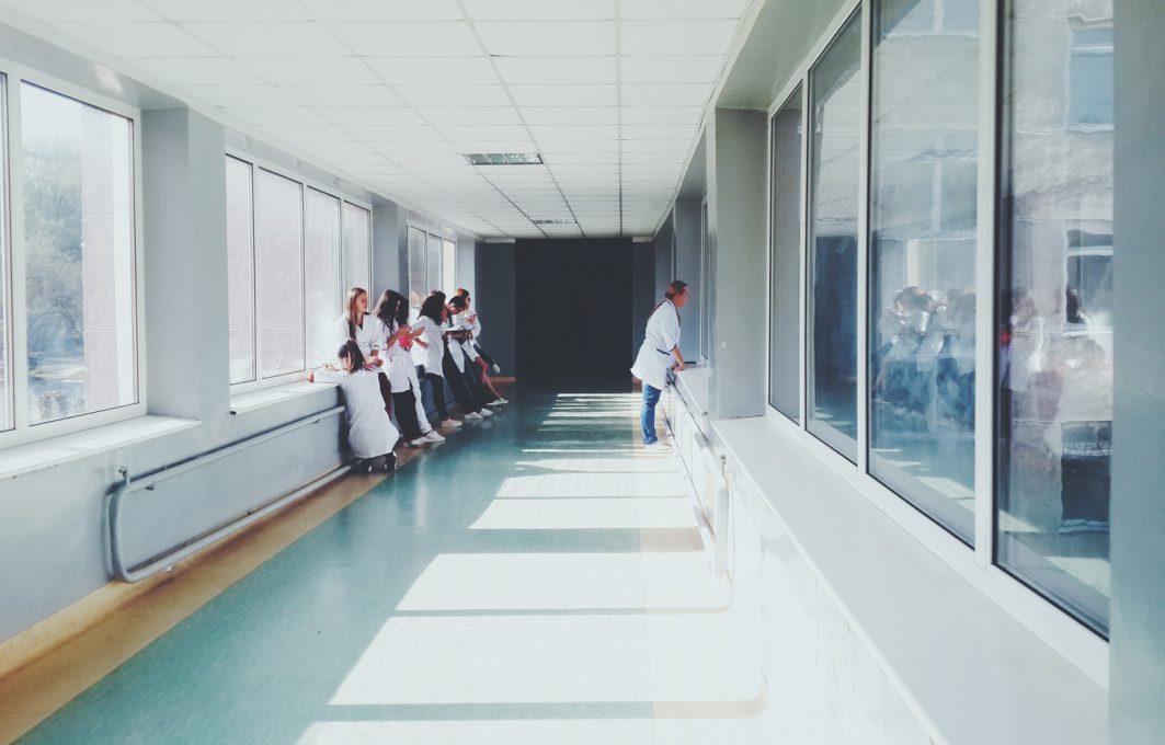 Transmurale zorg - Patiënt naar huis - Been Management Consulting uitgelicht